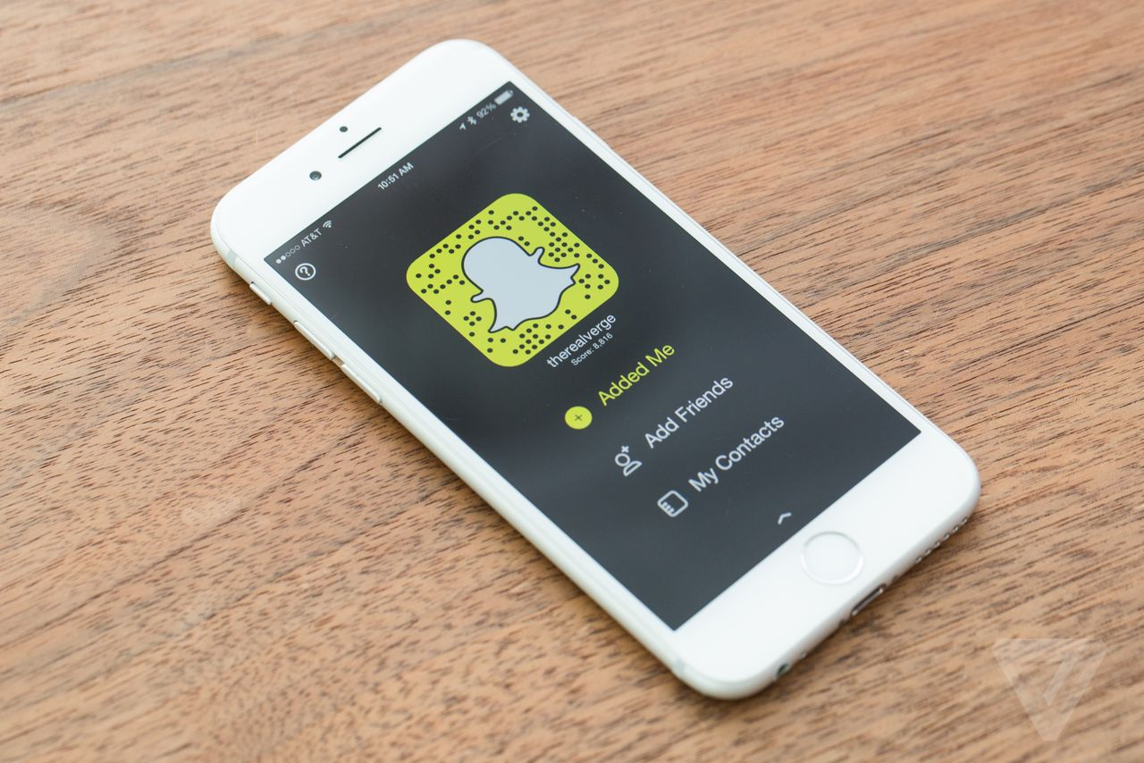 What Makes Snapchat Worth $20B? Trends